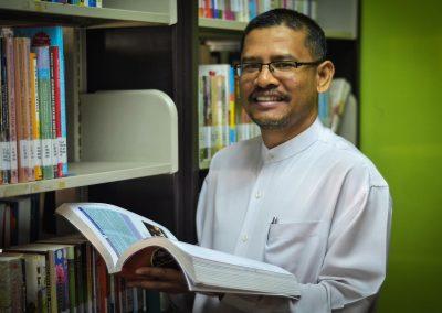 Assoc Prof Dr Azman Yusof