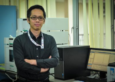 Dr Chin Lip Han